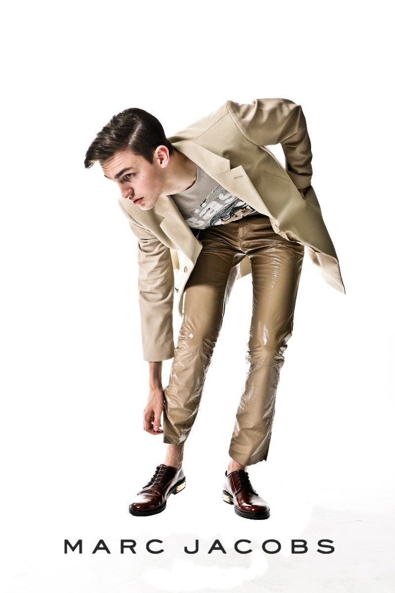 Marc Jacobs Unveils Spring 2011 Campaign picture