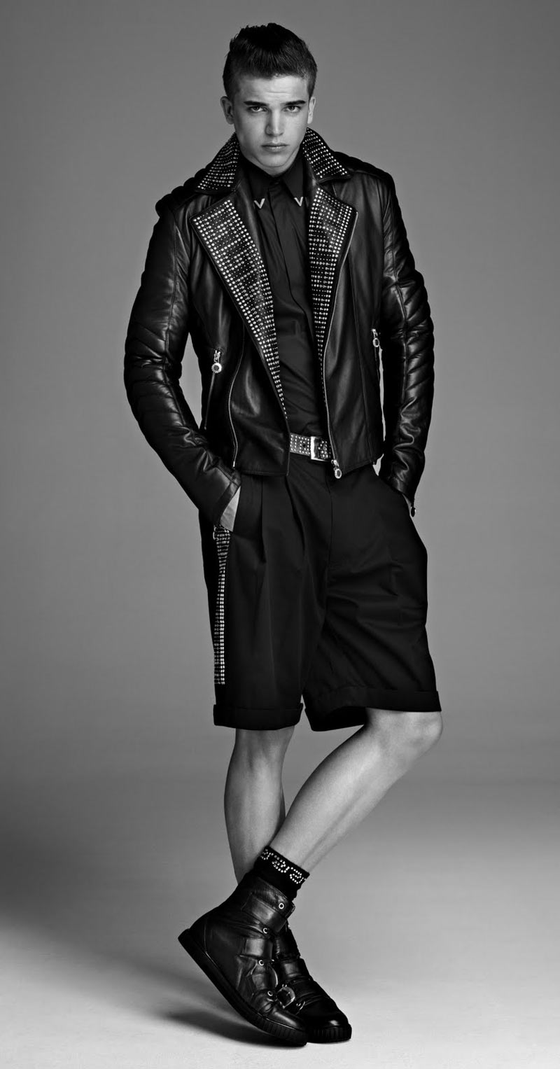 River-Viiperi-for-Versace-hm-preview-2