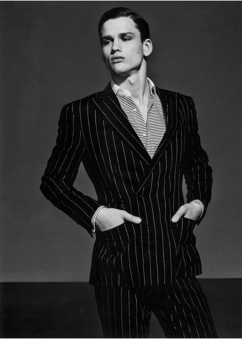 simon single guys English actor, writer and comedian simon pegg was born simon john beckingham in brockworth,  born: february 14, 1970.