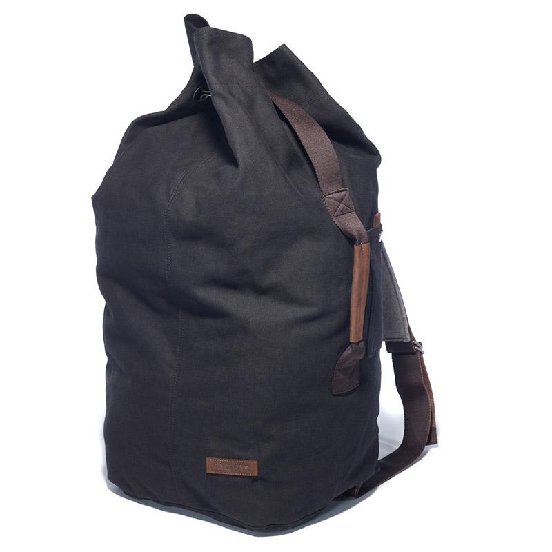 eastpak_fw13_AUTHENTIC_DIGIN_2