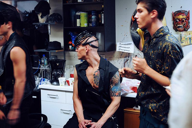 Asher-Levine_ss14_backstage_2