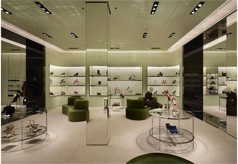 prada_barcelona_store_fy7