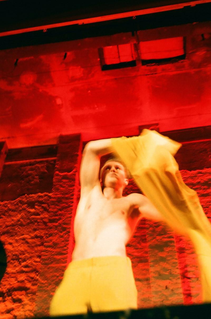 julian-zigerli_fw14_backstage_berlin_fy12
