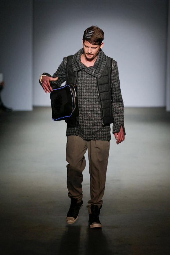 Jonathan-Christopher-Homme_fw14_fy10