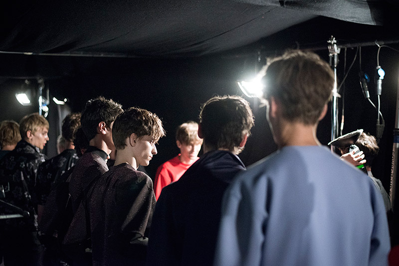 Bobby-Abley-SS15-Backstage_fy14
