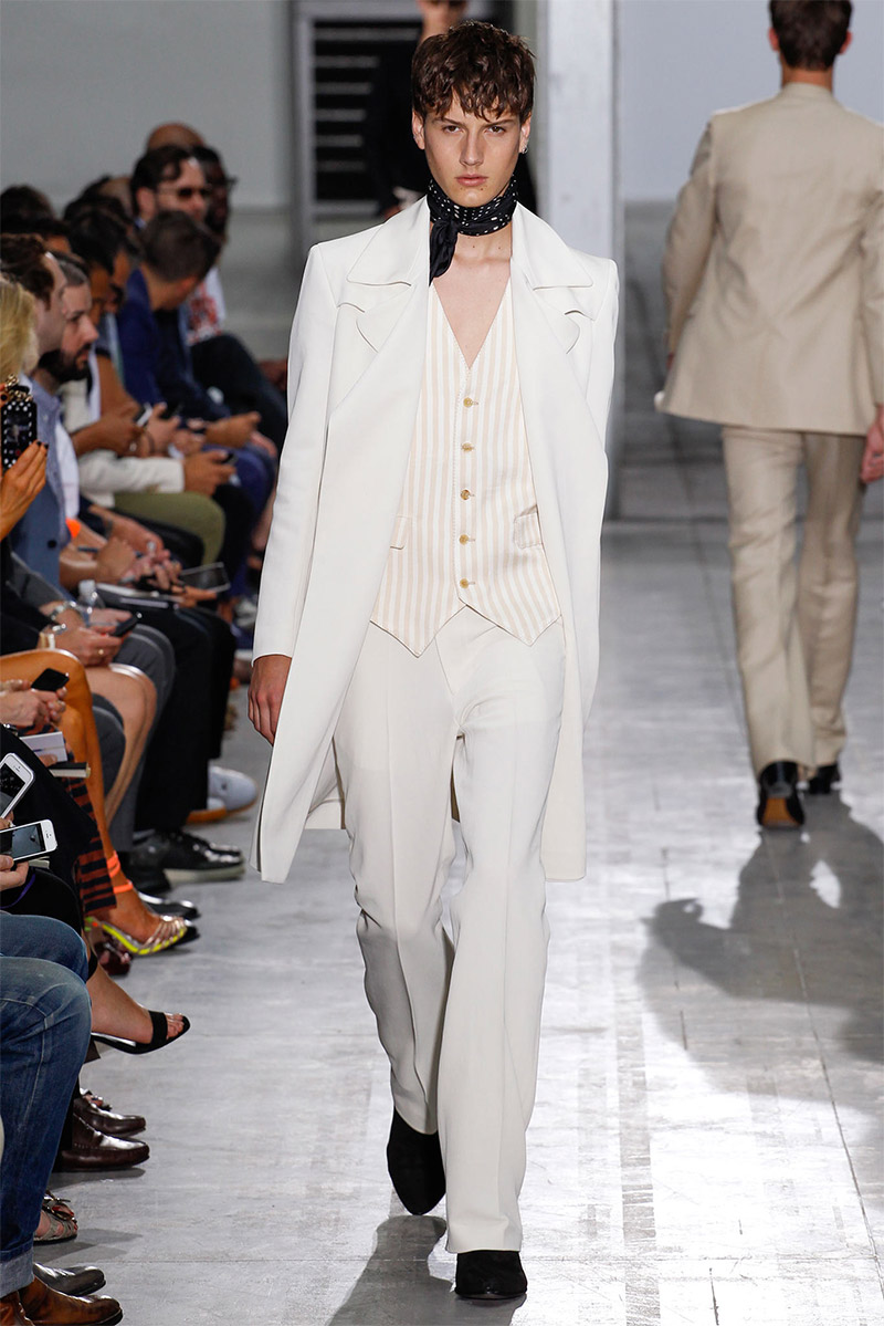 costume-national_ss15_fy3