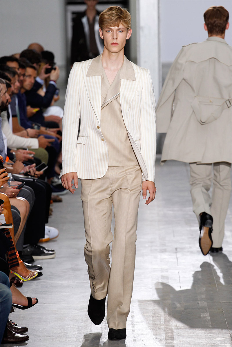 costume-national_ss15_fy6