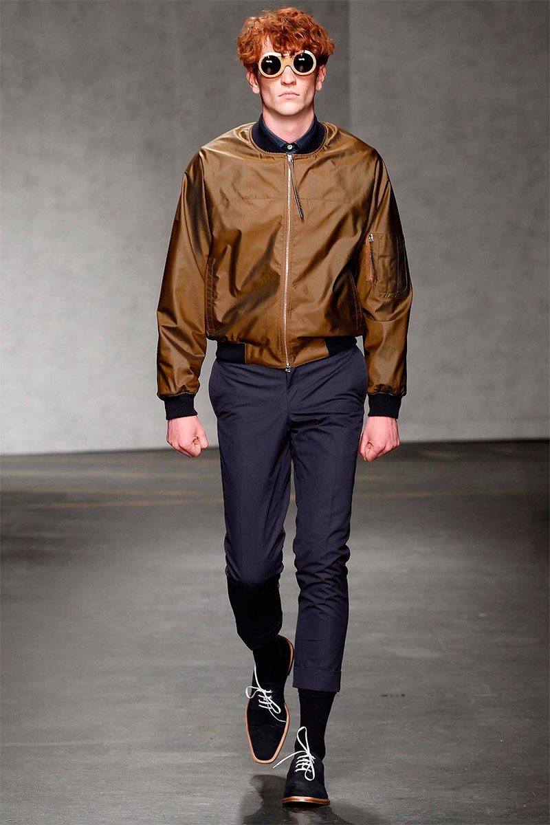 e-tautz-ss15_fy21