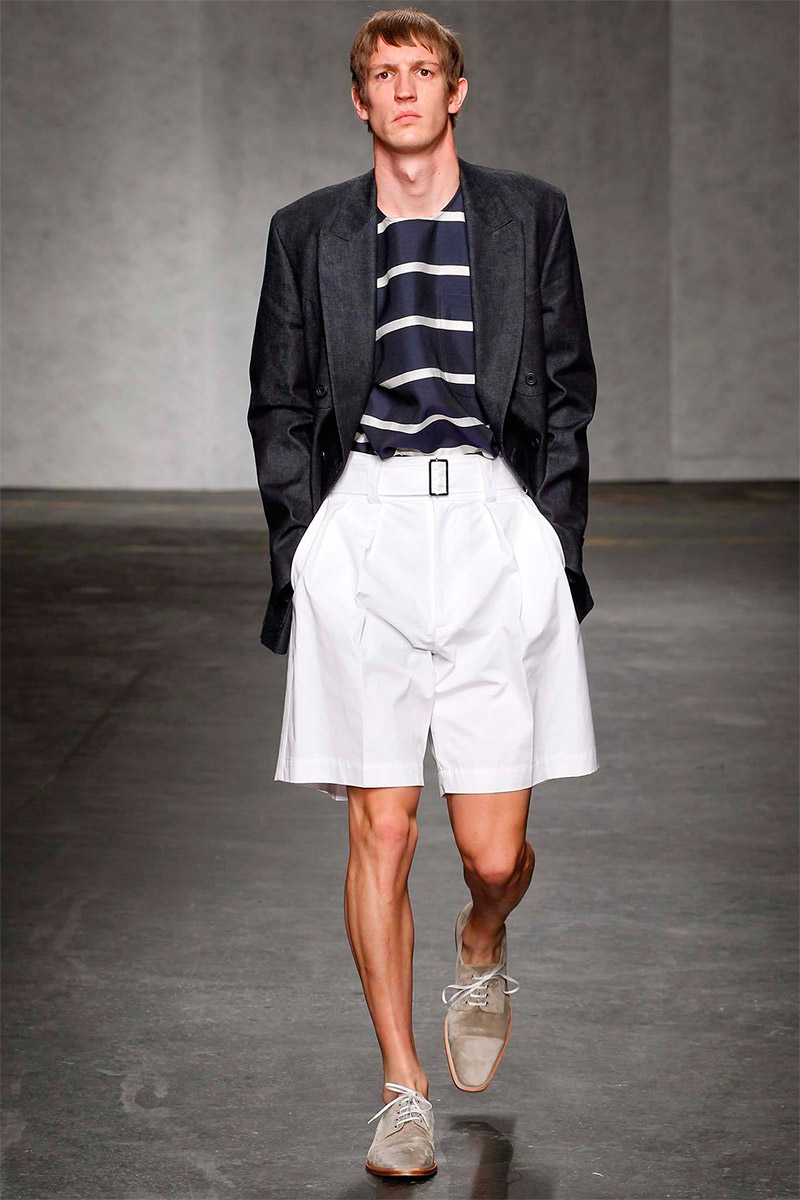 e-tautz-ss15_fy25