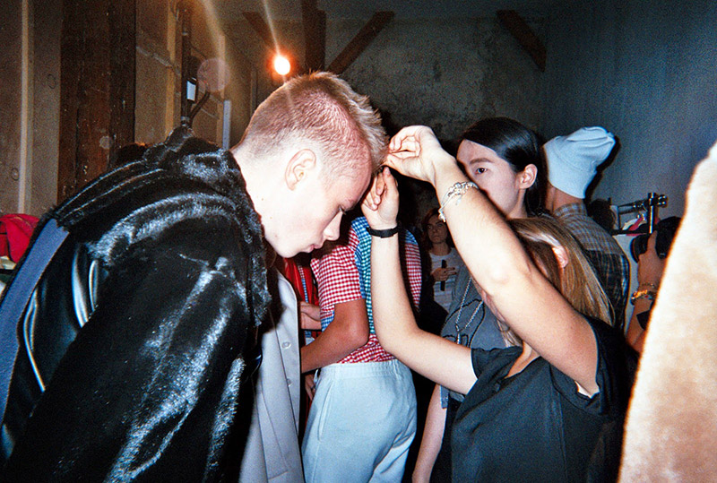 Gosha-Rubchinskiy-SS15-Backstage_fy4