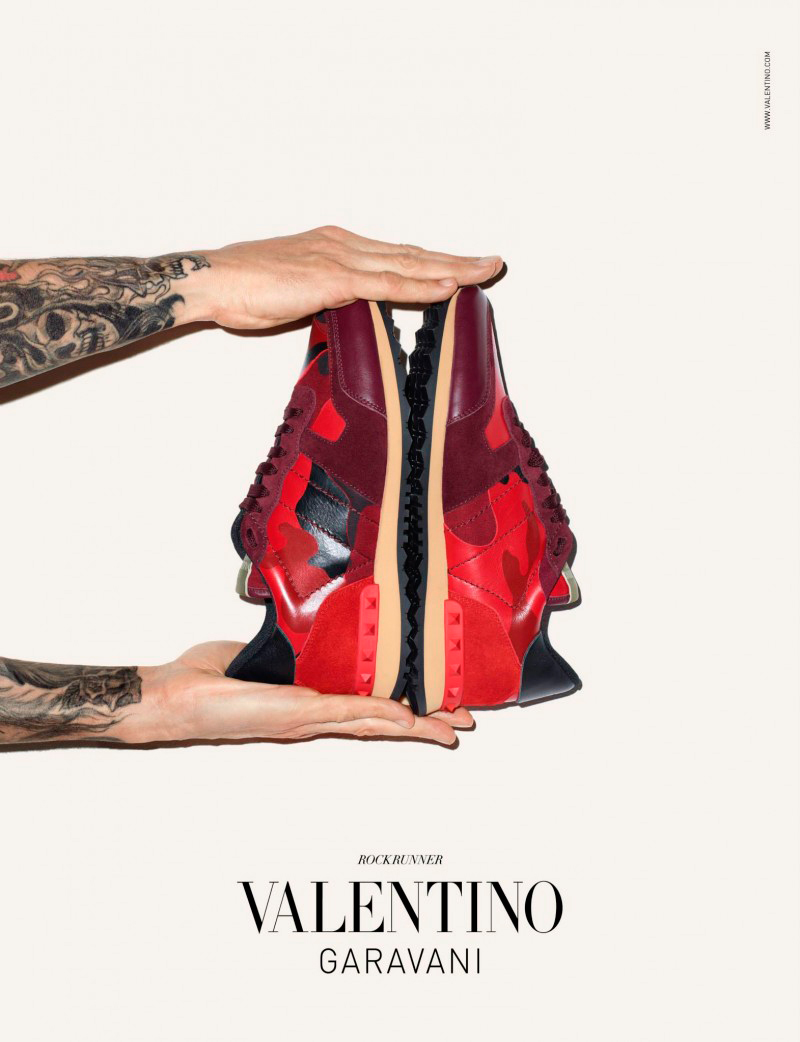 Valentino-Sneakers-Campaign_fy1