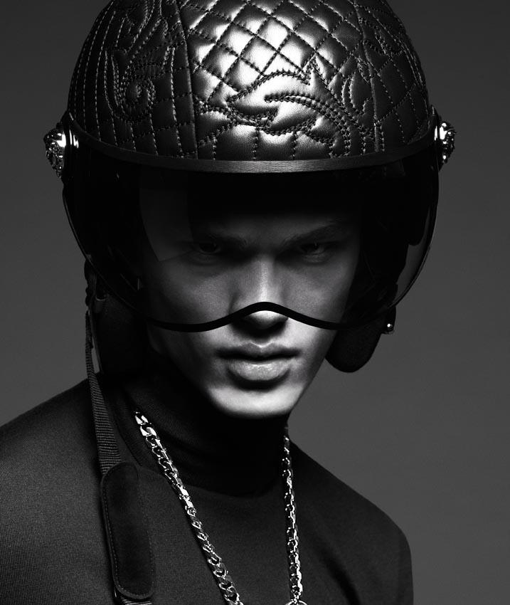 Versace-FW14-Campaign_fy1