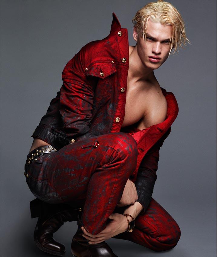 Versace-FW14-Campaign_fy3