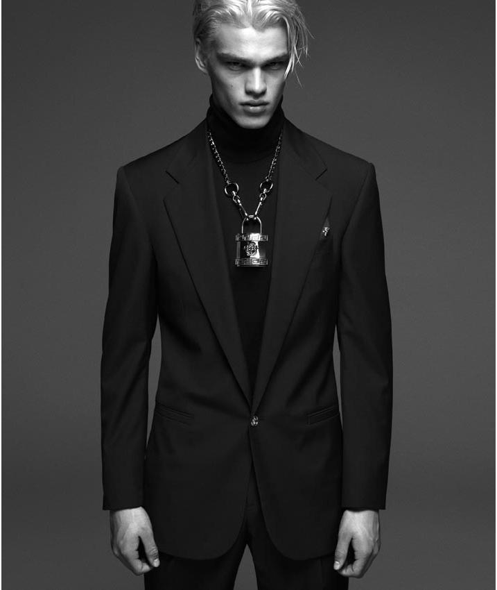 Versace-FW14-Campaign_fy6