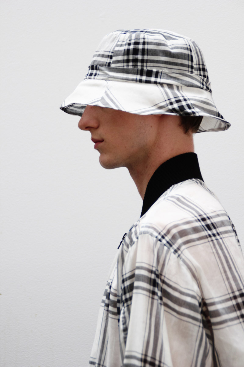 Duckie-Brown-SS15-Backstage_fy30