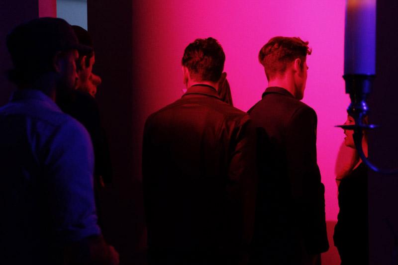 En-Noir-SS15-Backstage_fy16