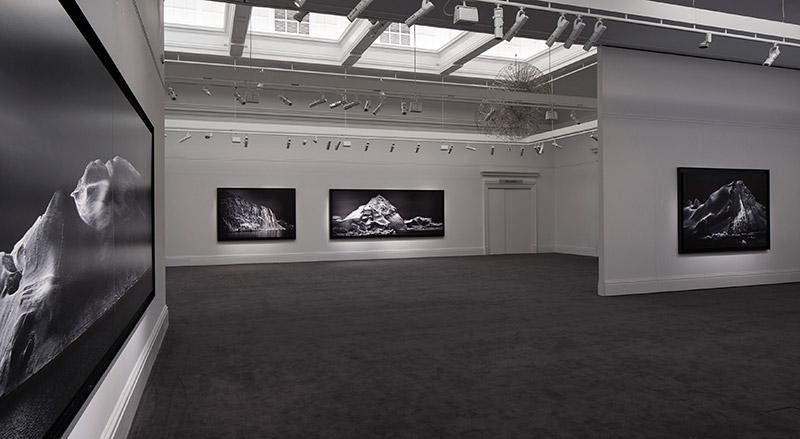 Leica-&-Moncler_fy6