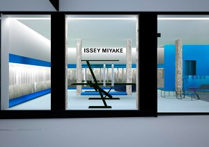 New-ISSEY-MIYAKE-Store-in-London_fy0