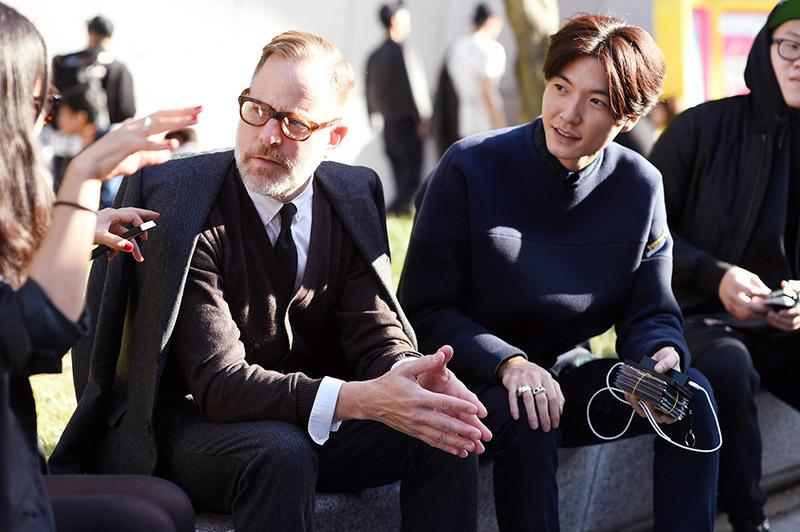Seoul-Fashion-Week-SS15_streetstyle_1_fy19