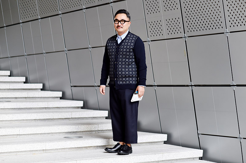 Seoul-Fashion-Week-SS15_streetstyle_1_fy22