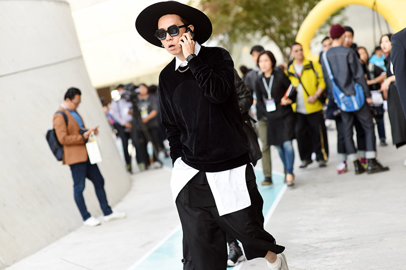 Seoul-Fashion-Week-SS15_streetstyle_1_fy34