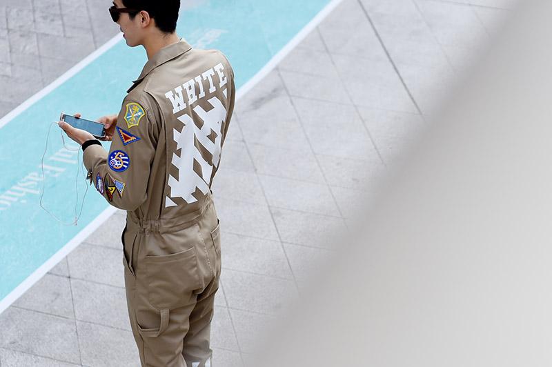 Seoul-Fashion-Week-SS15_streetstyle_1_fy35