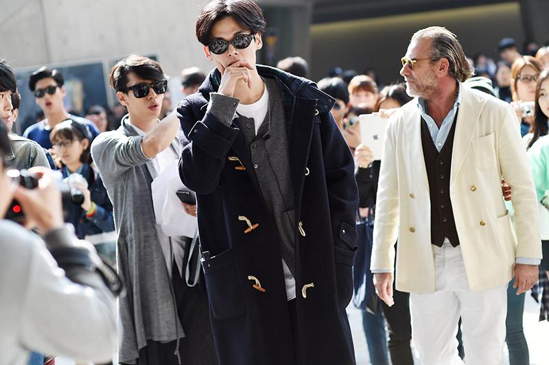 Seoul-Fashion-Week-SS15_streetstyle_1_fy40