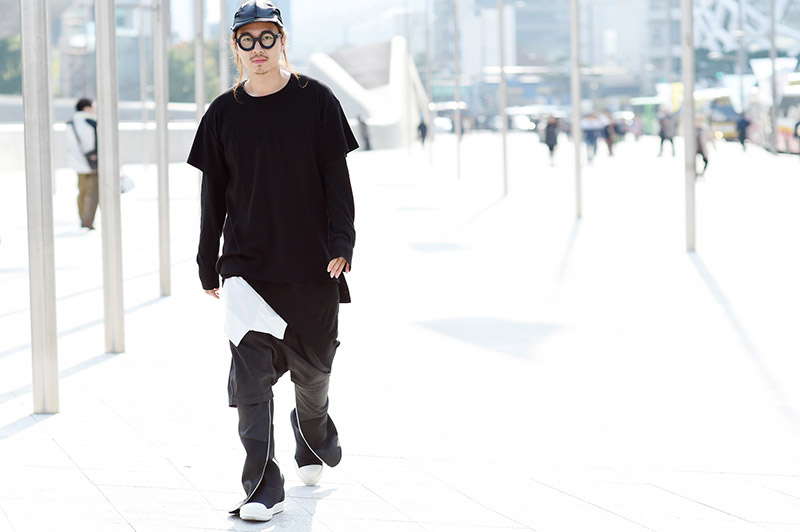 Seoul-Fashion-Week-SS15_streetstyle_1_fy41