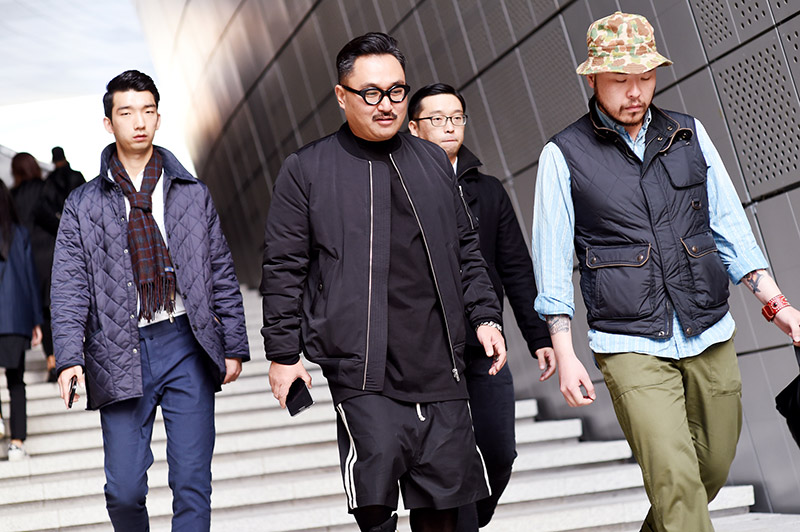 Seoul-Fashion-Week-SS15_streetstyle_1_fy53