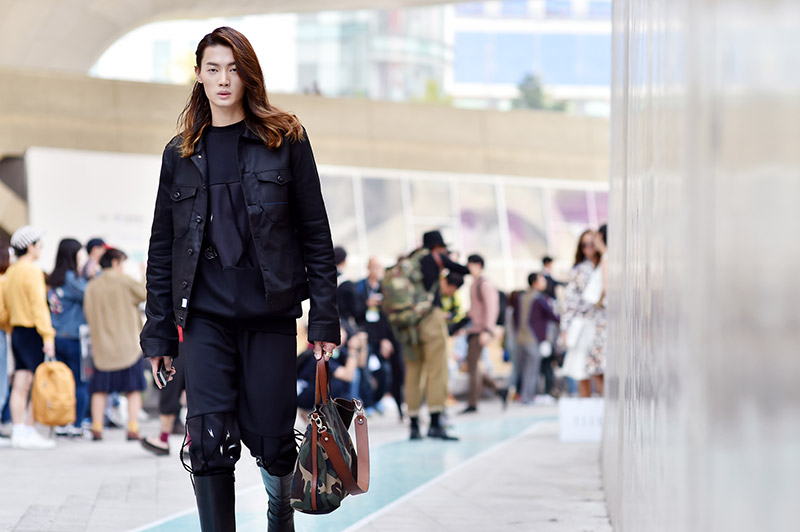 Seoul-Fashion-Week-SS15_streetstyle_1_fy57