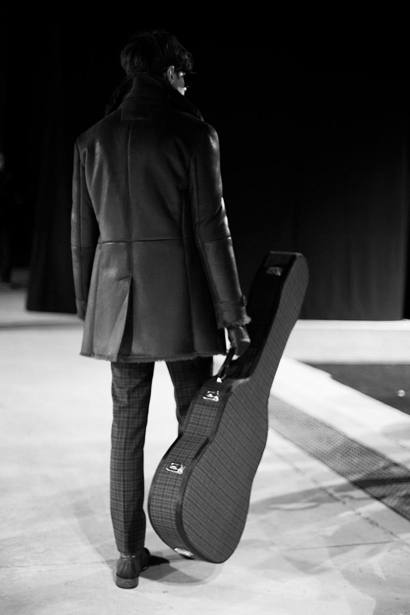 John-Varvatos-FW15-Backstage_fy25