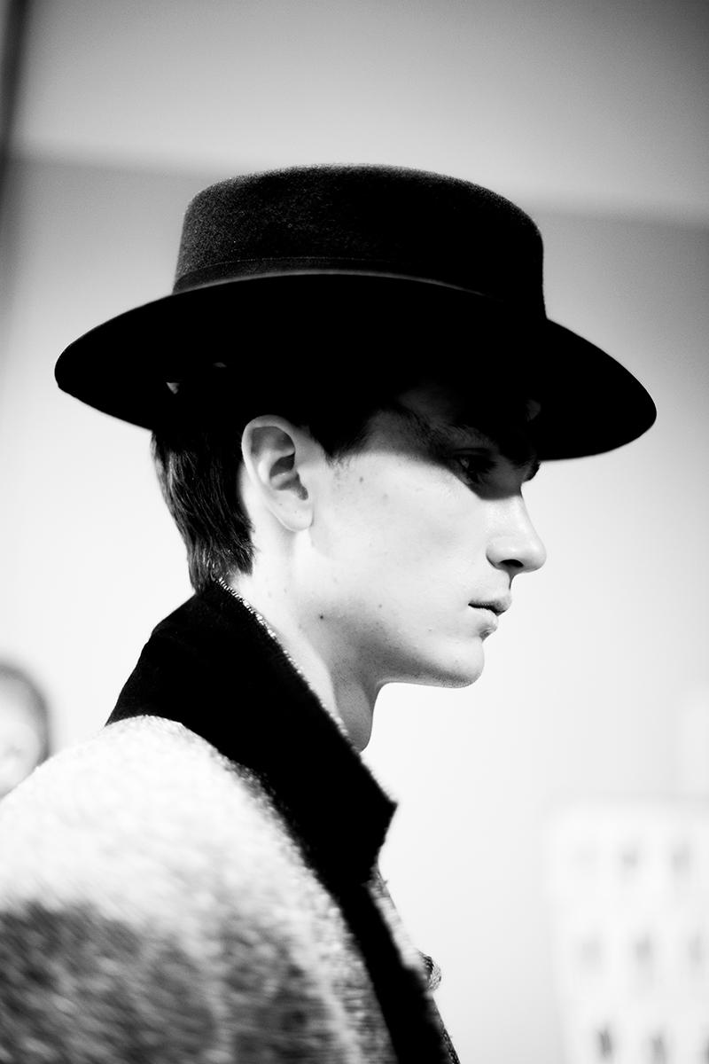 Vivienne-Westwood-FW15-Backstage_fy18