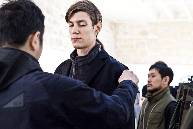 White-Mountaineering-FW15-Backstage_fy13