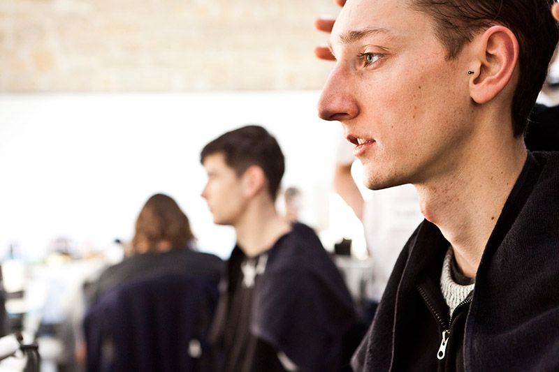 White-Mountaineering-FW15-Backstage_fy7