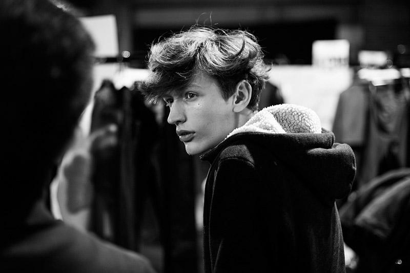 Xander-Zhou-FW15-Backstage_fy1