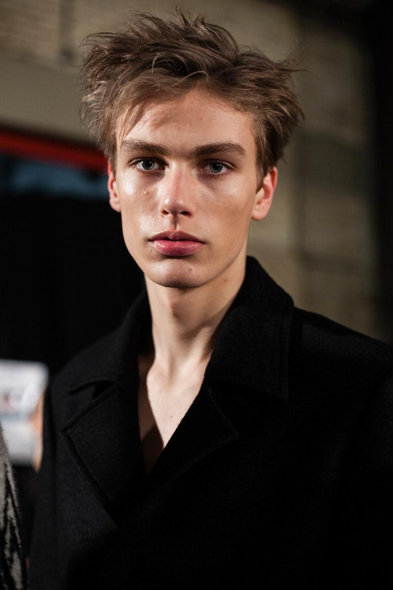 Xander-Zhou-FW15-Backstage_fy15