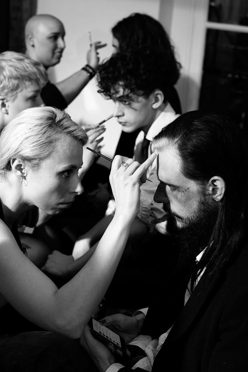 Yohji-Yamamoto_fw15_backstage_fy11