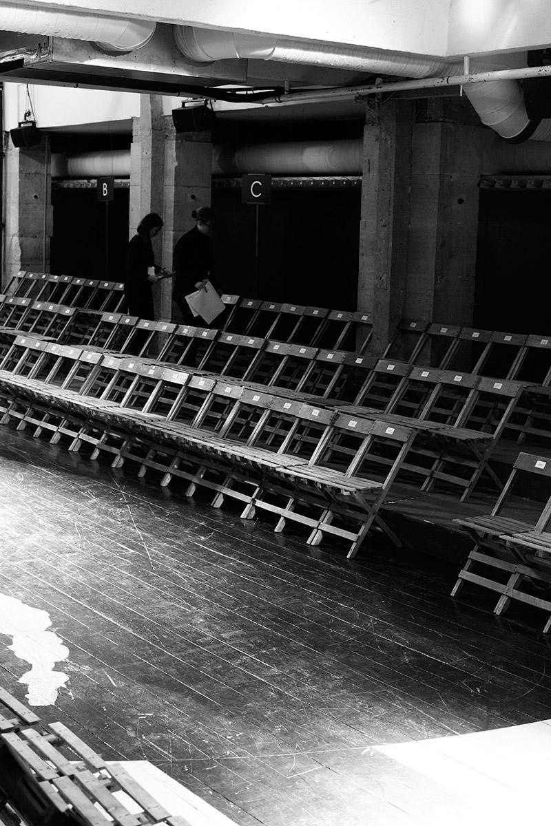 Yohji-Yamamoto_fw15_backstage_fy36
