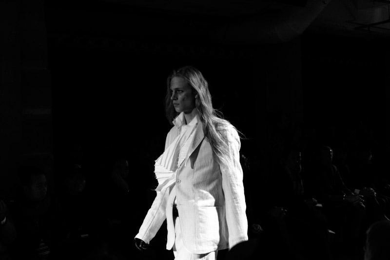 Yohji-Yamamoto_fw15_backstage_fy38