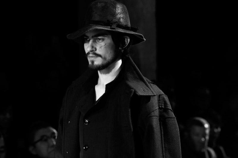 Yohji-Yamamoto_fw15_backstage_fy43