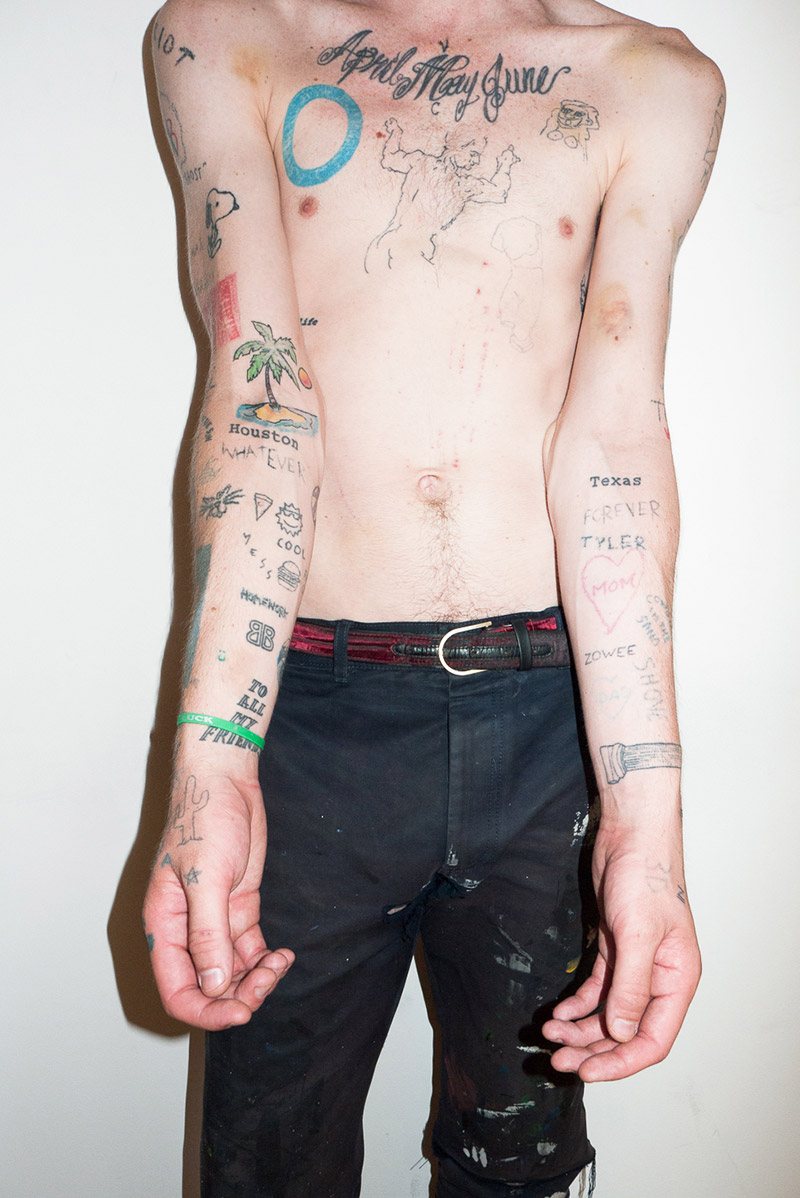 Cole-Mohr-by-Terry-Richardson_dog_fy4