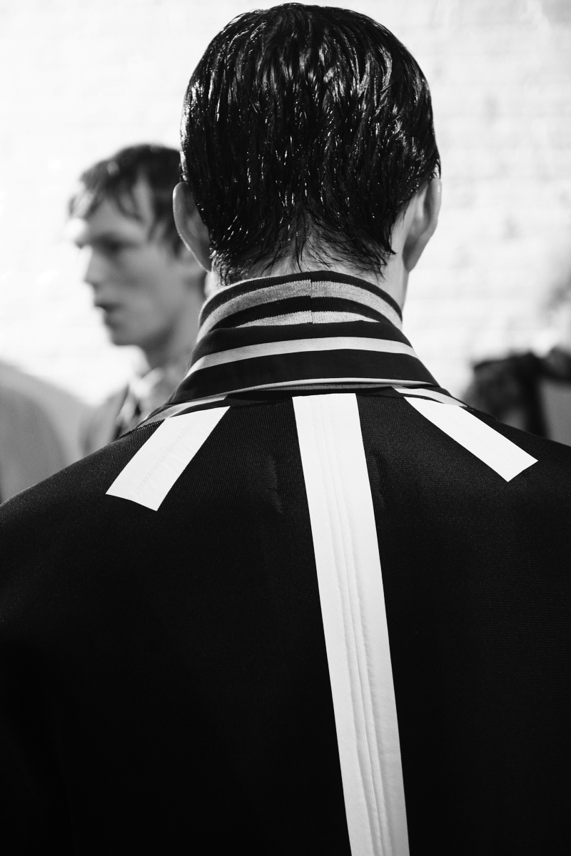 FINGERS-CORSSED-FW15-Backstage_fy22