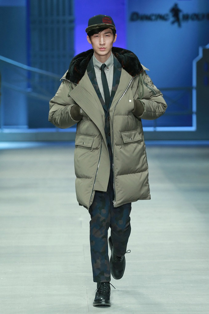 DANCING-WOLVES_fw15_fy10