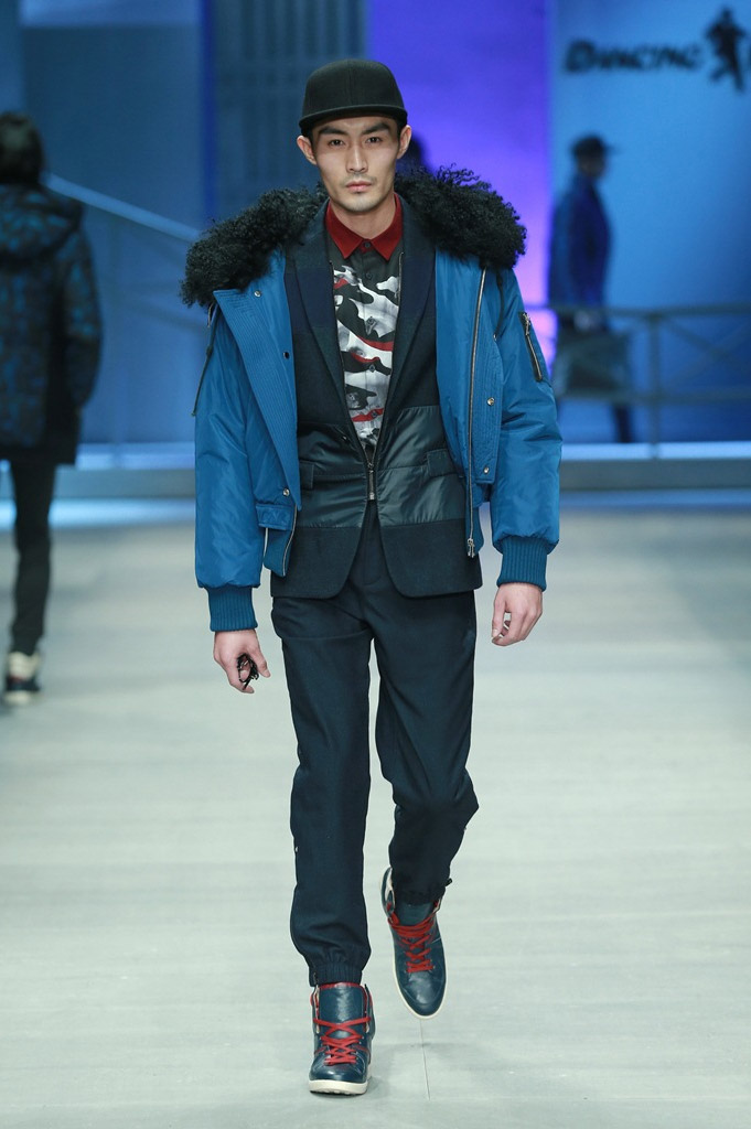 DANCING-WOLVES_fw15_fy14