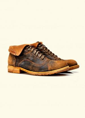 UMBERTO-LUCE.-Yak-Rusty-Boots_fy0