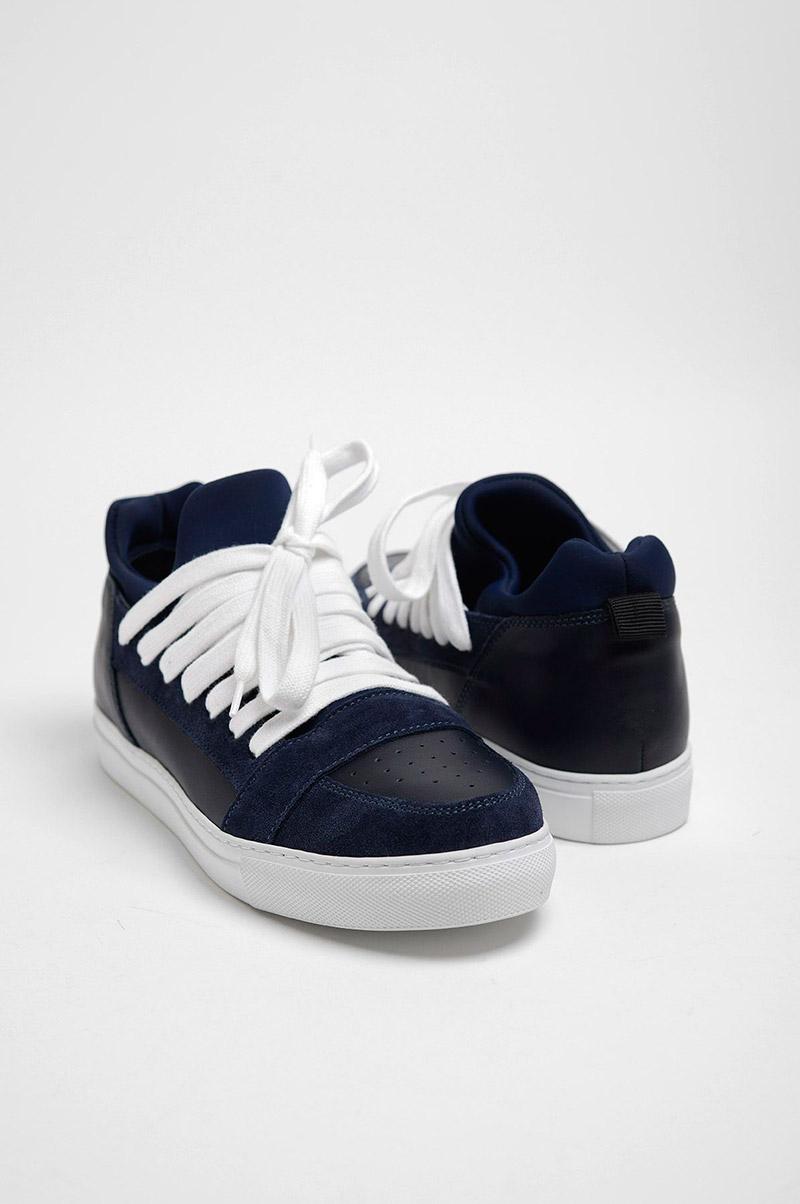 KRISVANASSCHE.-Multilaces-Low-Top-Navy-Sneakers_fy1