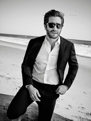 Jake-Gyllenhaal-by-Eric-Ray-Davidson_fy2