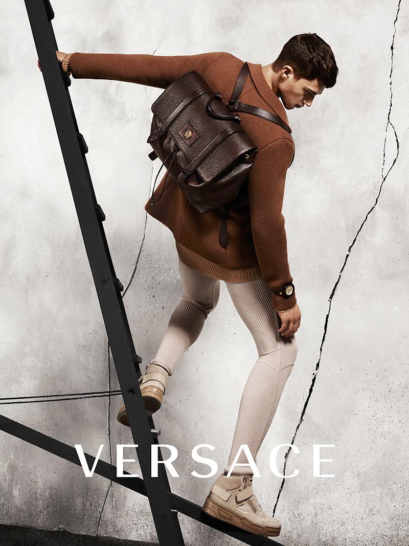 Versace-FW15-Campaign_fy2