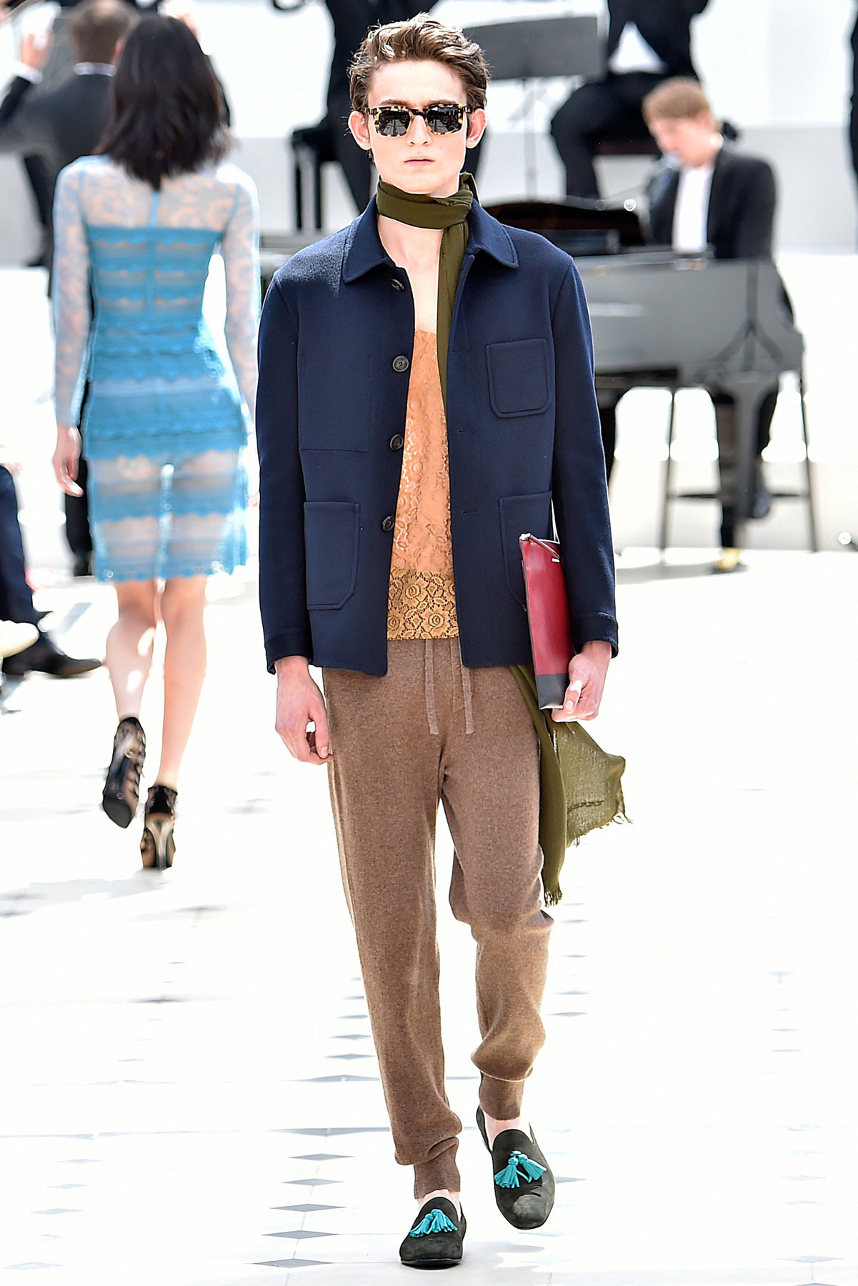 burberry_ss16_lcm_fy27