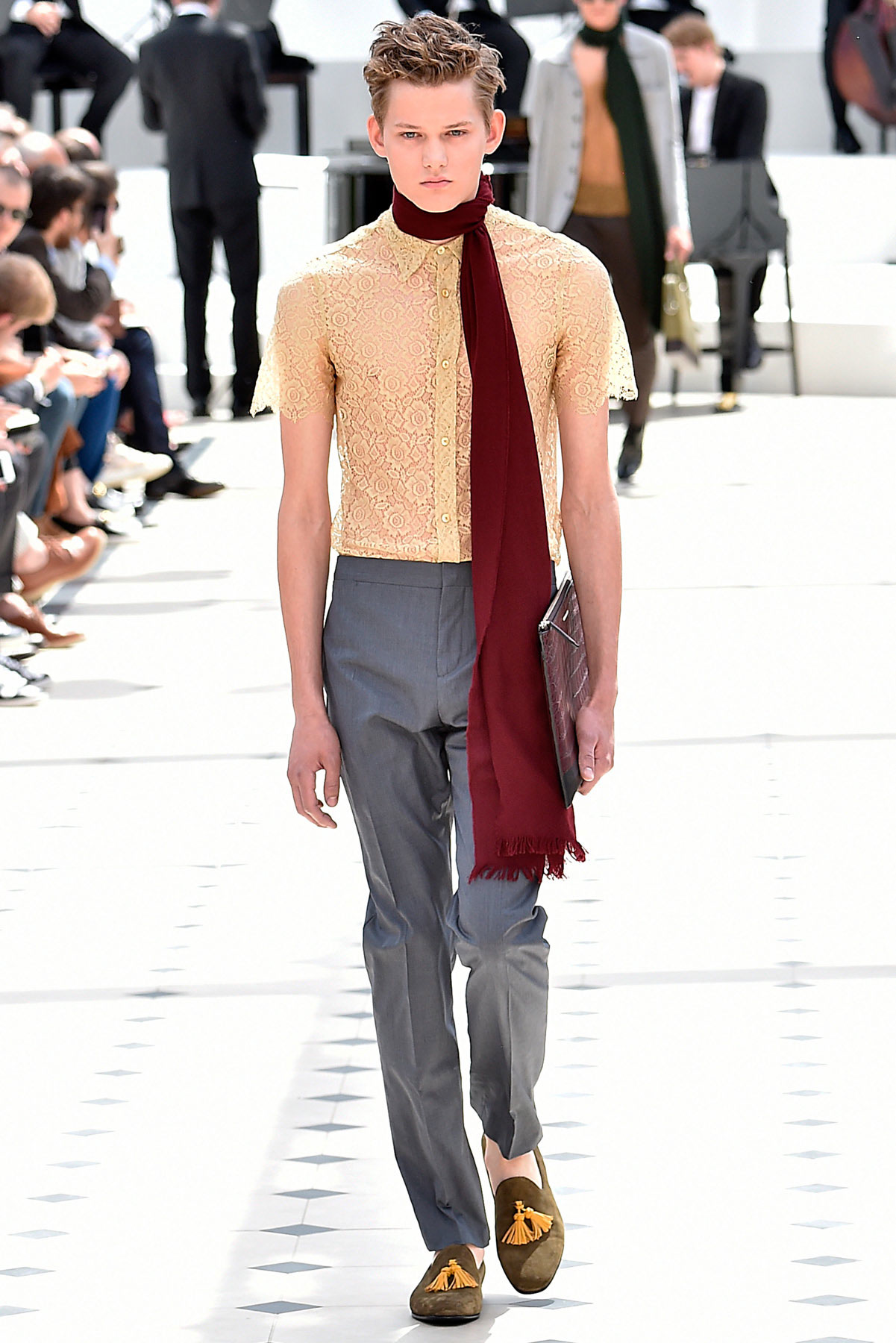 burberry_ss16_lcm_fy31